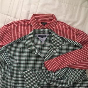 Lot of 2 men's casual shirts